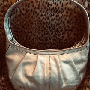 Coach Bags - Polished Silver Leather Auth. COACH Shoulder Bag